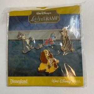 Disney pin set